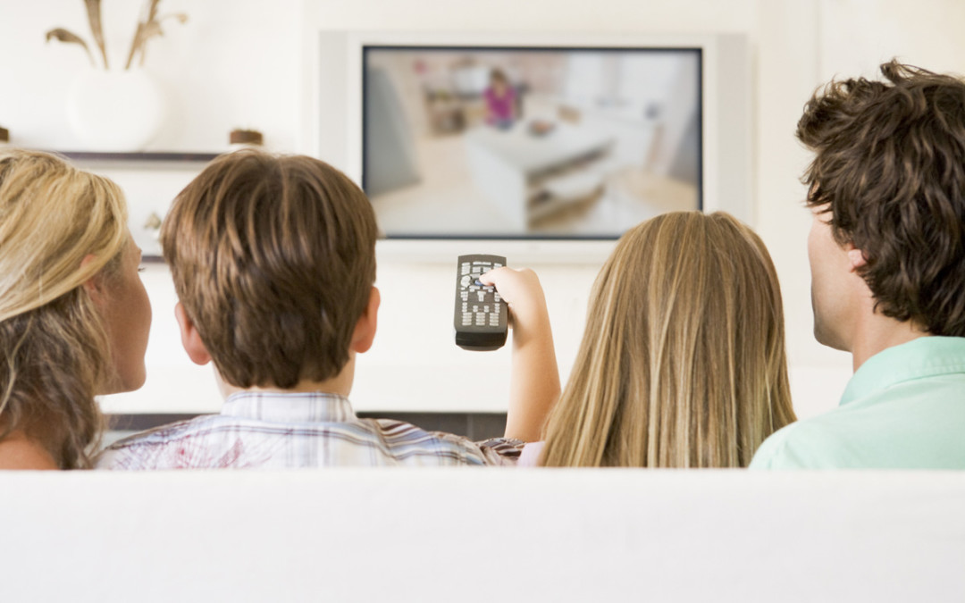 7 Reasons to Avoid Family Screen Time